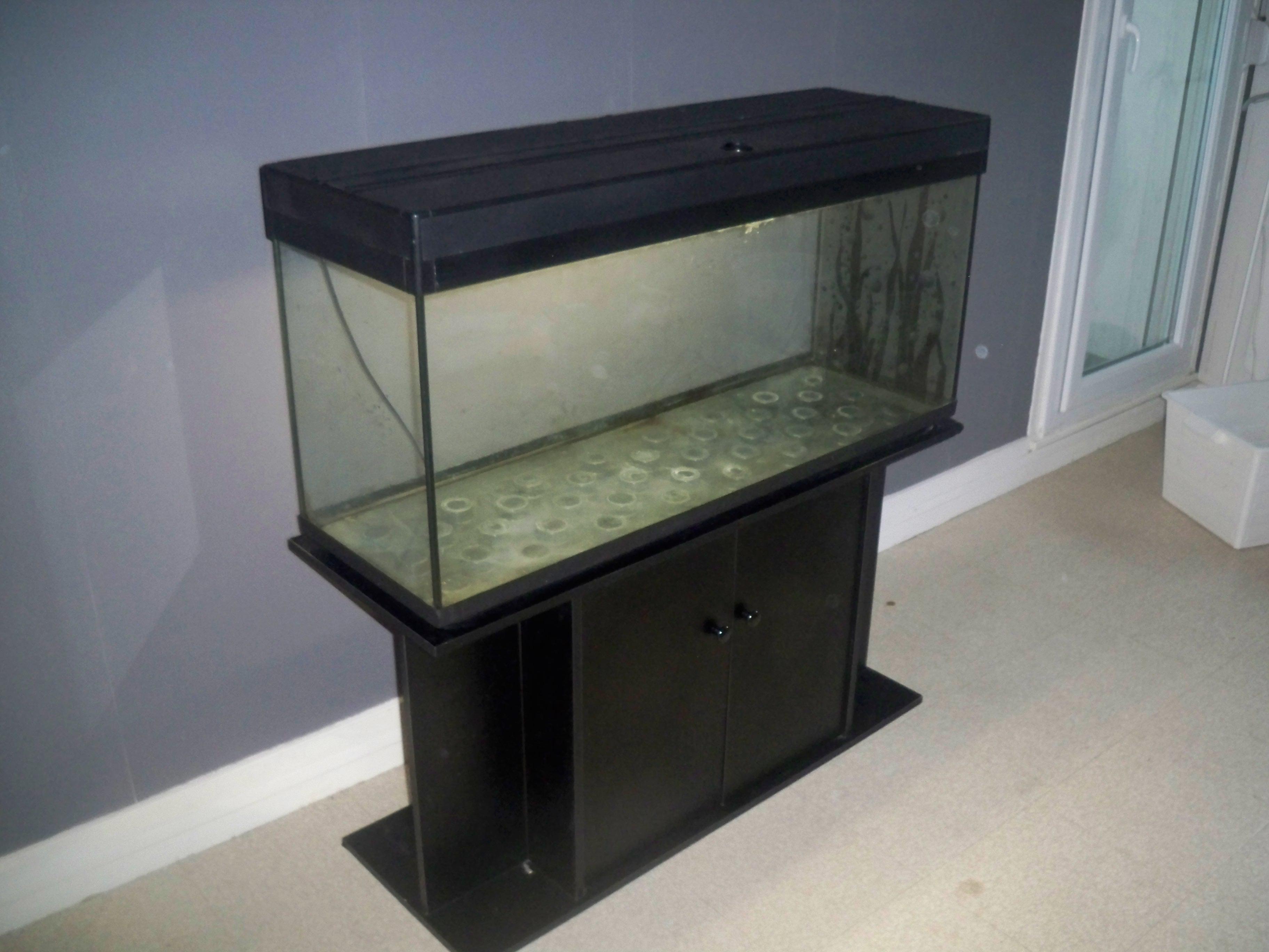 Aquarium a vendre neuf pas cher