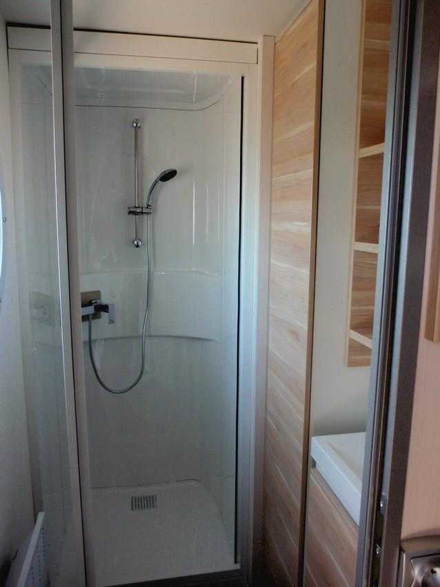 Cabine de douche pour caravane